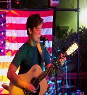 AcousticView – Local Troubadours