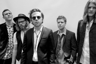 Interview – Cage The Elephant