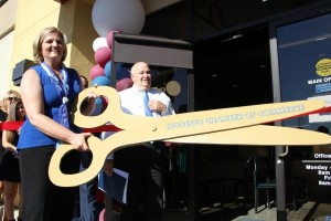 cut ribbon
