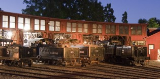 "Railtown 1897 Offers  ""Harvest Haunt Express"" & ""Polar Express"" Train Rides"