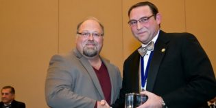 Ortho Residency Director wins Education Award